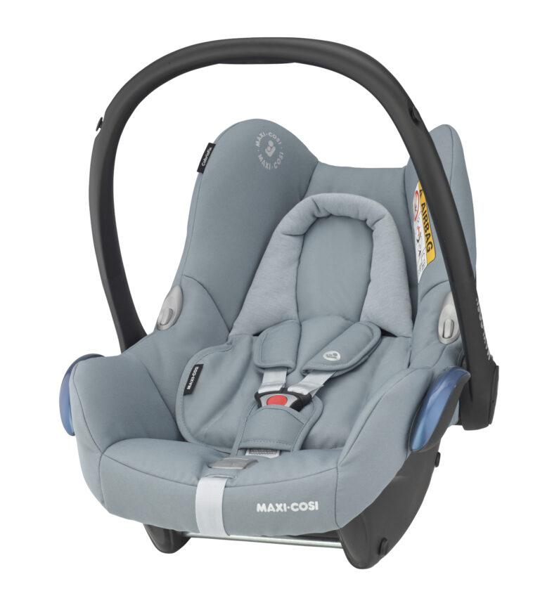 maxicosi carseat babycarseat cabriofix grey essentialgrey 3qrtleft Group0+ Infant ISOFIX Frombirth familyfix R44 3pointseatbelt
