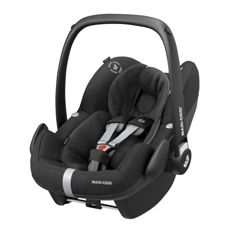 maxicosi carseat babycarseat pebbleproisize black essentialblack 3qrtleft Group0+ Infant iSize ISOFIX 3wayFix Frombirth 3pointseatbelt 8712930155522