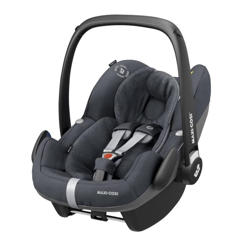maxicosi carseat babycarseat pebbleproisize grey essentialgraphite 3qrtleft Group0+ Infant iSize ISOFIX 3wayFix Frombirth 3pointseatbelt 8712930155379
