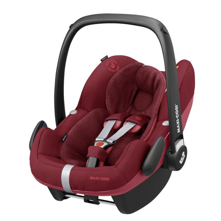 maxicosi carseat babycarseat pebbleproisize red essentialred 3qrtleft Group0+ Infant iSize ISOFIX 3wayFix Frombirth 3pointseatbelt 8712930155386