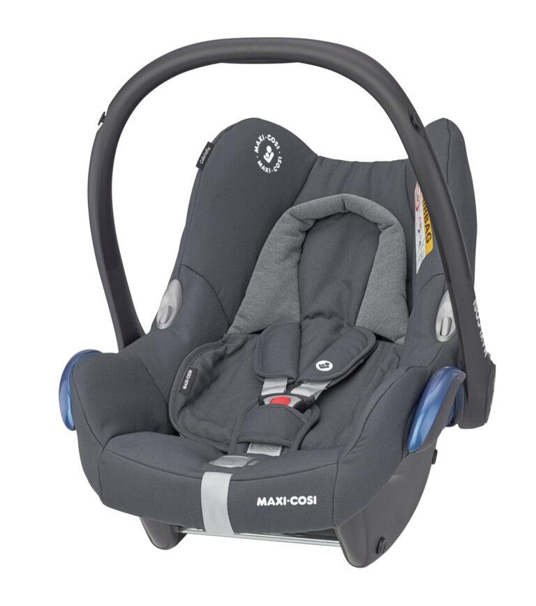 maxicosi carseat babycarseat cabriofix grey essentialgraphite 3qrtleft Group0+ Infant ISOFIX Frombirth familyfix R44 3pointseatbelt